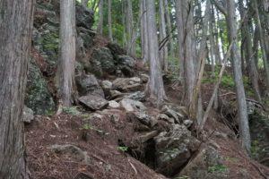 鋸山への道