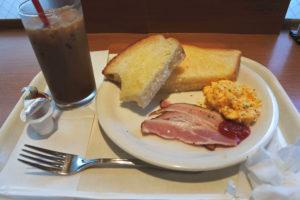 ベックスコーヒーショップの朝ごはん