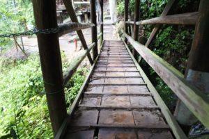 粟又の滝の橋