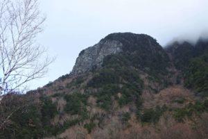 上高地からみた山
